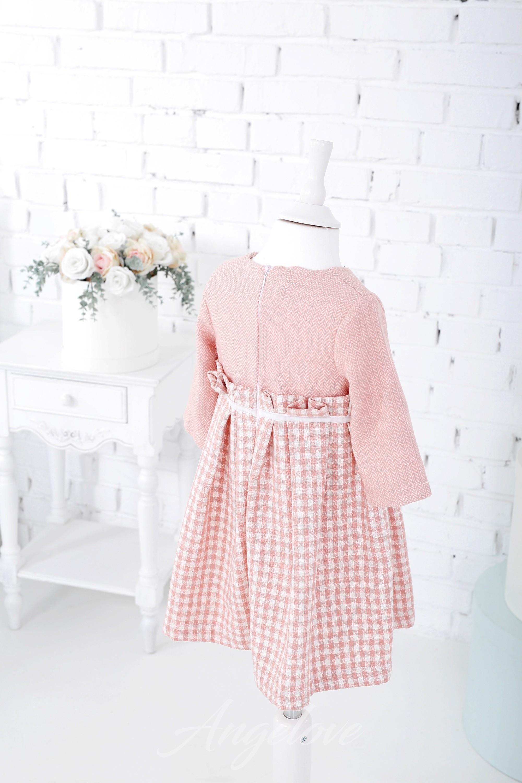 Красивые платья в клетку для девочки Мода